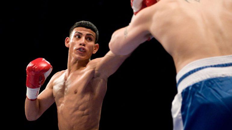 Jose Benavidez stops Henry Auraad in first round