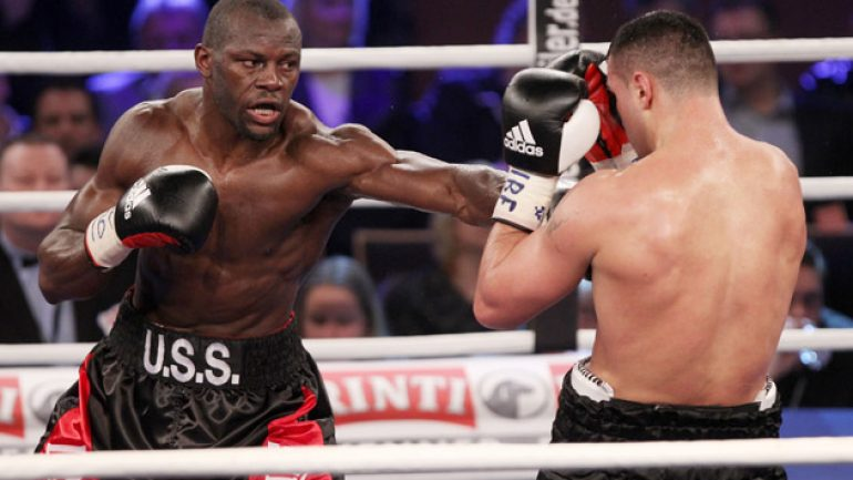 Steve Cunningham to fight Amir Mansour on April 4