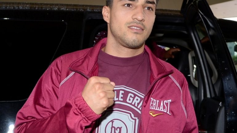 Josesito Lopez-Aron Martinez top tonight's special edition of FNF