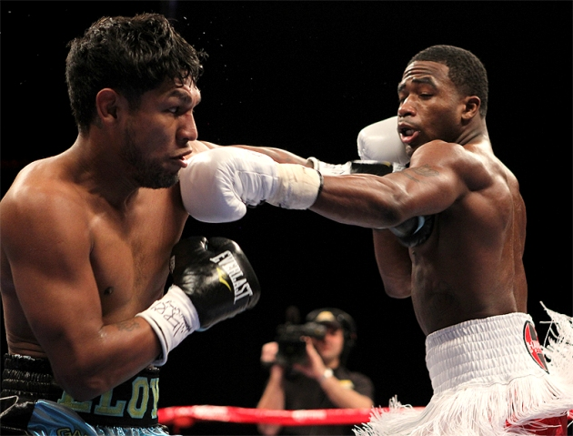 broner meant 39 no disrespect 39 to mayweather the ring. Black Bedroom Furniture Sets. Home Design Ideas
