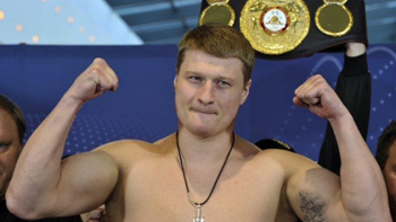 Alexander Povetkin stops Mariusz Wach in the 12th round