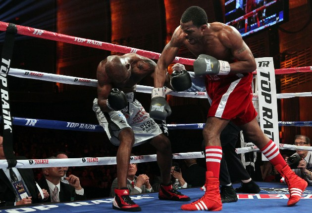 Hart Stops Farr In Third Round The Ring