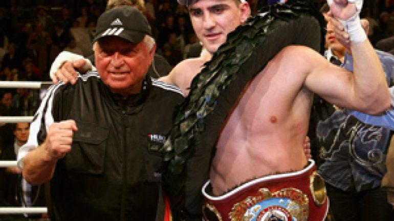 Marco Huck to face Mirko Larghetti on March 29
