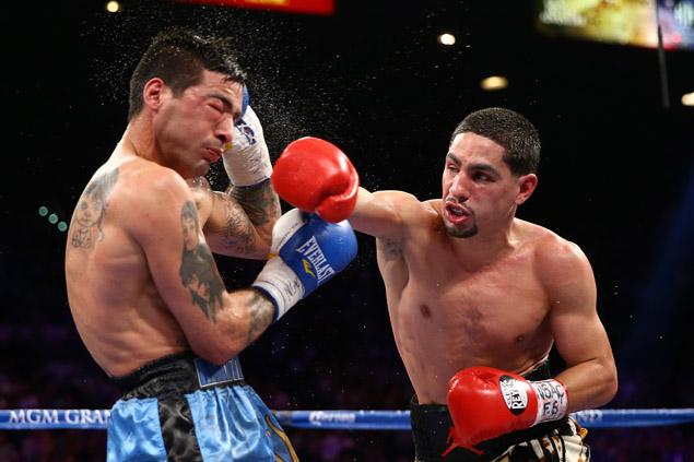 Garcia retains 140-pound title, outpoints Matthysse