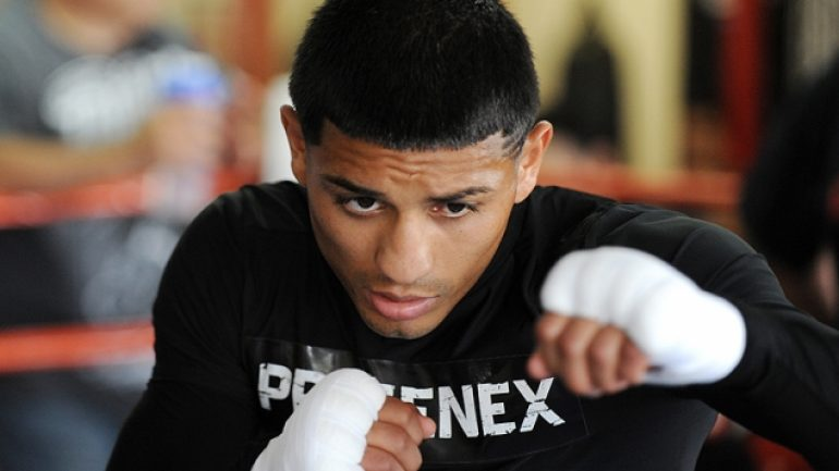 'More intelligent' Abner Mares to fight Jonathan Oquendo