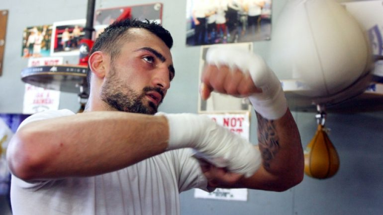 Vanes Martirosyan signs with Goosen Tutor, will fight March 21 on ESPN2
