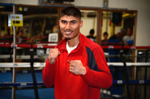 gallery_308044_mikey_garcia_workout_jan_4_1_20130104_1344094601