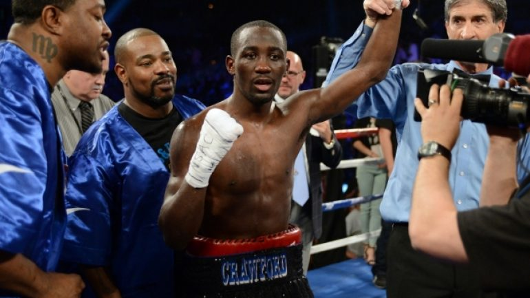 Terence Crawford outpoints Ricky Burns, wins WBO lightweight belt