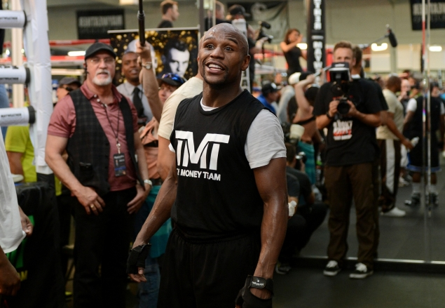 gallery_308166_mayweather_workout_april_17_1_20130417_1572099336