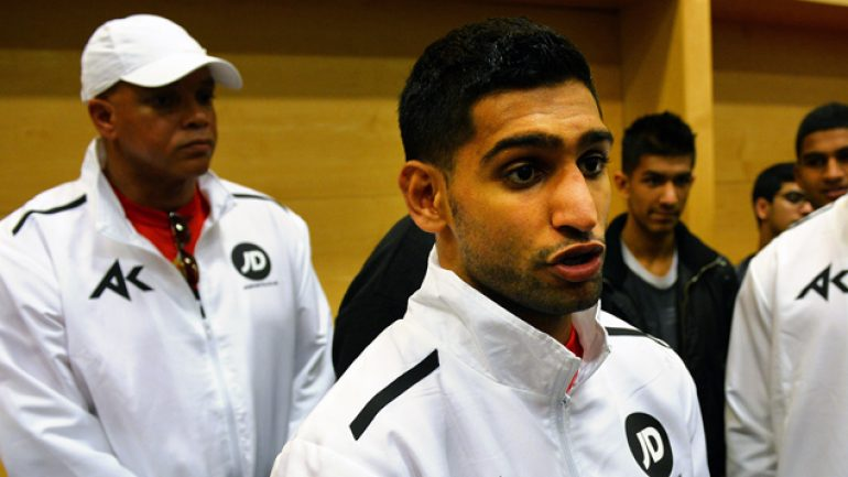 Virgil Hunter: Amir Khan can 'shock' Floyd Mayweather Jr.