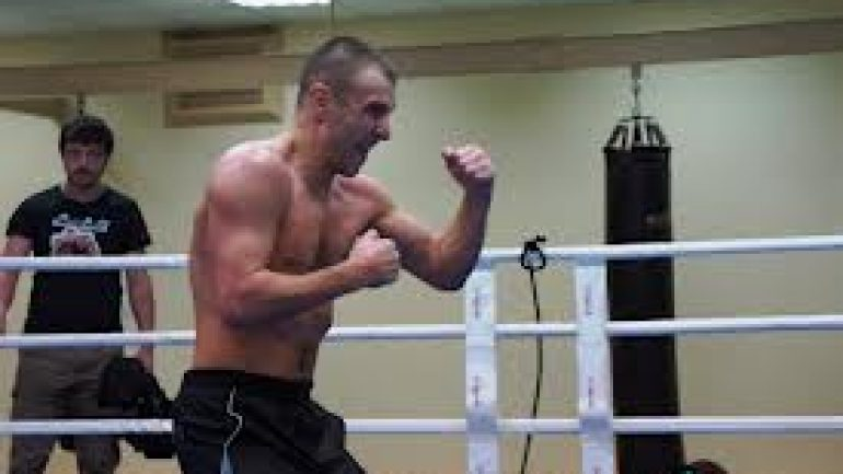 Max Bursak replaces Martin Murray on Gennady Golovkin card