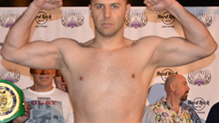 Magomed Abdusalamov leaves hospital for home care