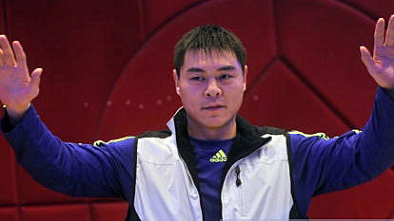 Dino Duva joins Chinese boxing market with heavyweight Zhang Zhilei