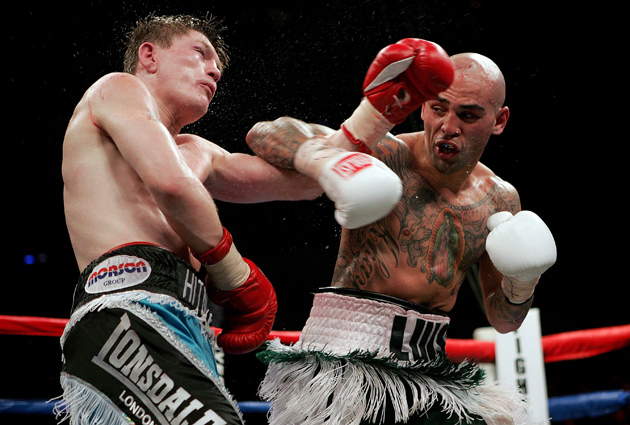 Luis Collazo (right) gave Ricky Hatton all the British star could handle during their WBA welterweight title fight at the TD Banknorth Garden on May 13, 2006 in Boston, Mass. Hatton says fellow Brit Amir Khan will have his hands full with the American southpaw on Saturday. Photo by Nick Laham/Getty Images