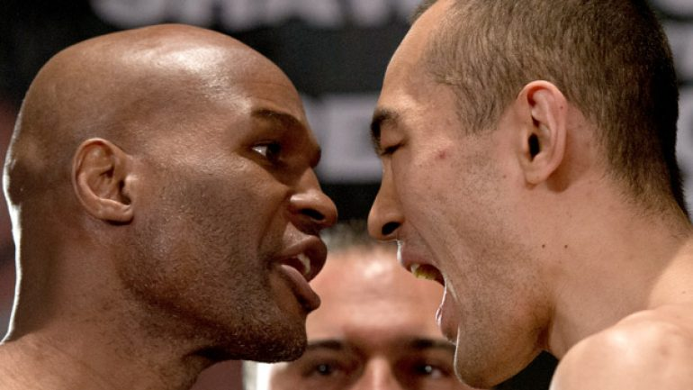 Photo gallery: Bernard Hopkins vs. Beibut Shumenov