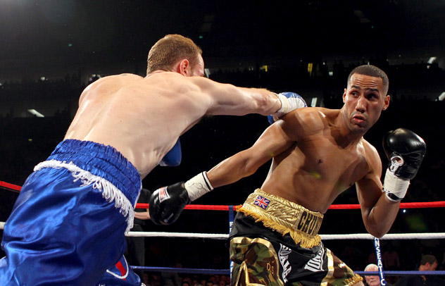 James DeGale (R) fighting George Groves on May 21, 2011. Photo by Julian Finney/Getty Images.