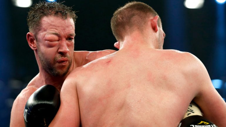 Juergen Braehmer pounds Enzo Maccarinelli to force stoppage