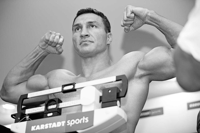 Klitschko-Leapai-weigh-in