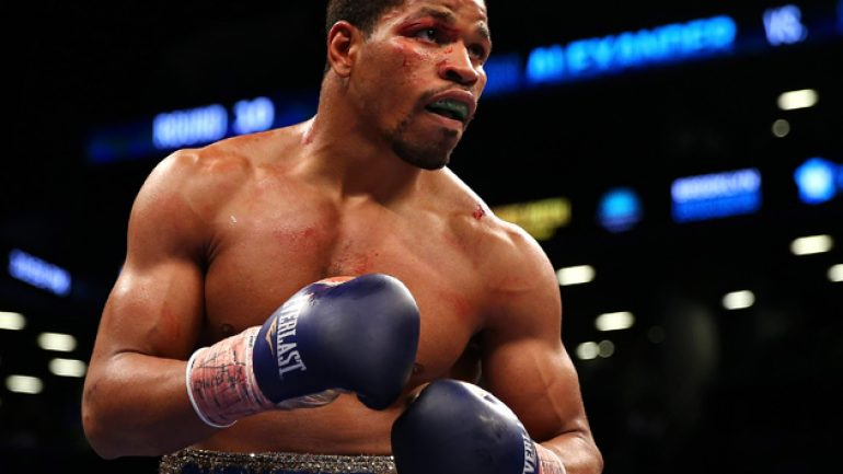Shawn Porter hopes to face Floyd Mayweather Jr. after sharing air time