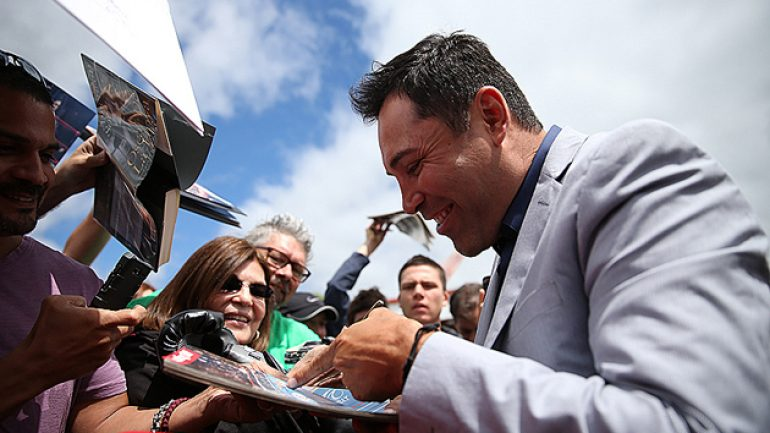 Las Vegas officials to honor Oscar De La Hoya on Saturday