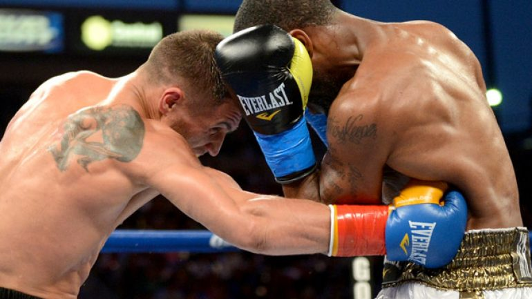 Photo gallery: Lomachenko vs. Russell Jr., Alexander vs. Soto Karass