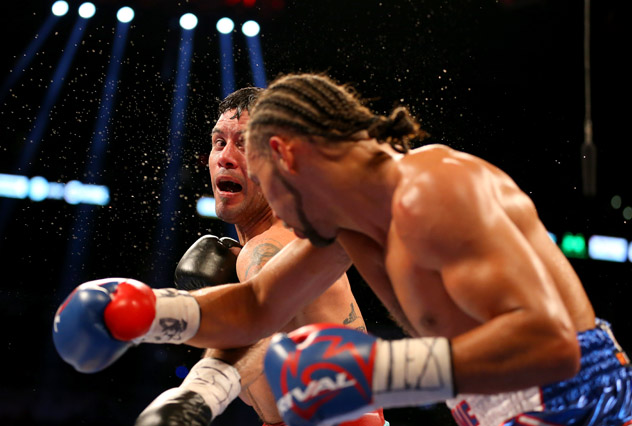Diego Chaves v Keith Thurman