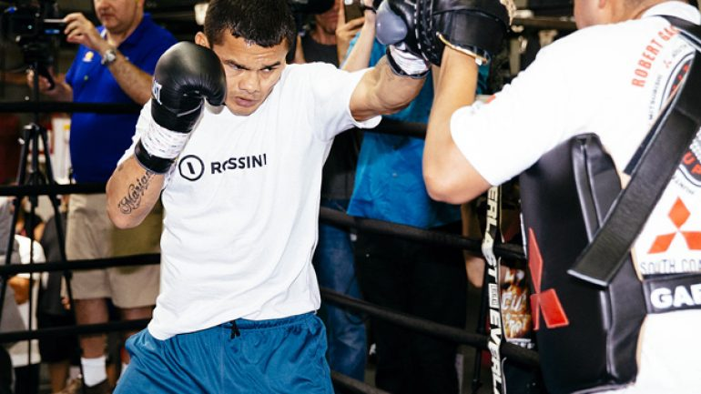 Boxing's Mexican icons chime in on Maidana with pride