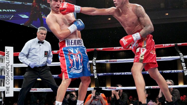 Jose Benavidez wins with dubious decision over Mauricio Herrera