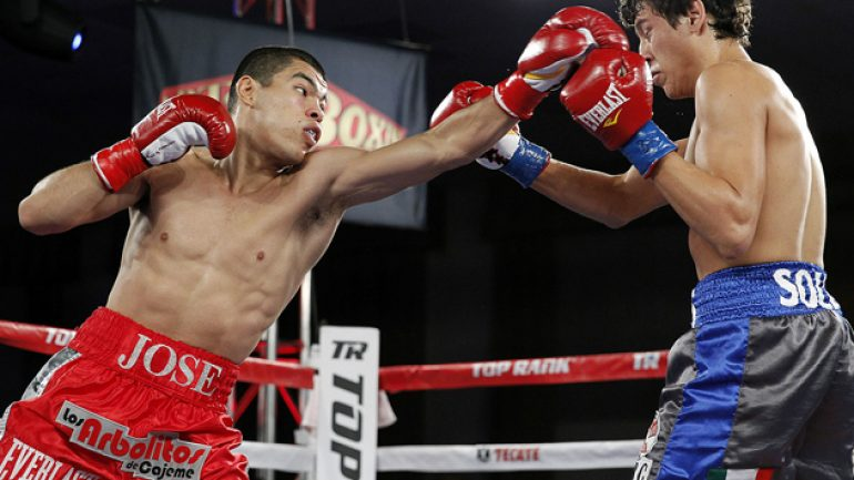 Jose Felix, Brian Viloria score stoppages on 'Solo Boxeo' card