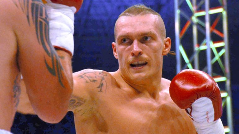 Oleksandr Usyk to face Danie Venter on Dec. 13