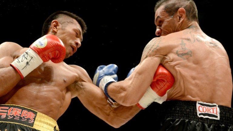 Takashi Uchiyama demolishes Israel Perez in Tokyo to keep title