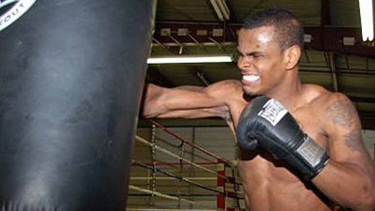 Unbeaten Michael Seals signs with Warriors Boxing