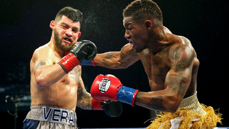 Willie Monroe Jr. outpoints Bryan Vera on 'Friday Night Fights'