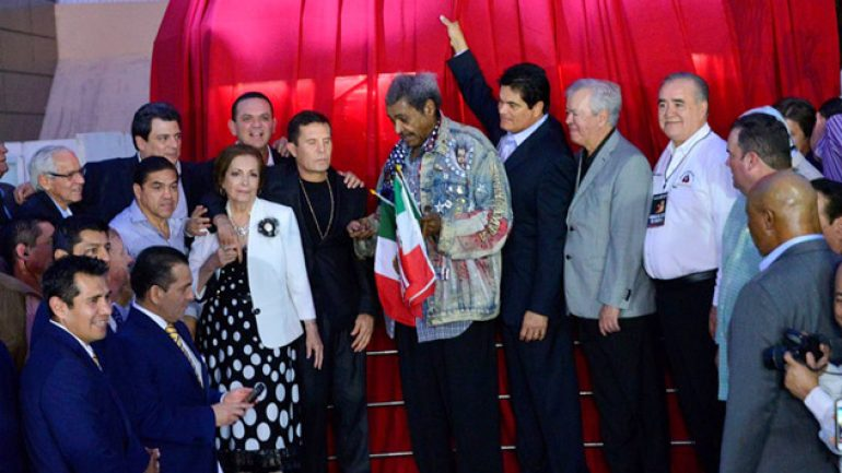 Photo gallery: Julio Cesar Chavez statue unveiled in Mexico