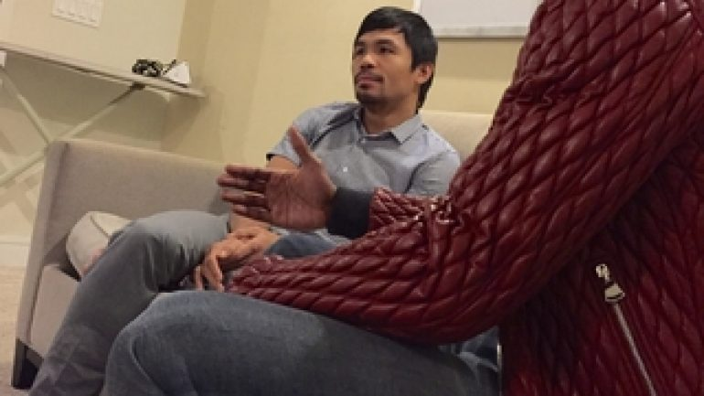Mayweather Jr. insists he's trying to make fight with Pacquiao
