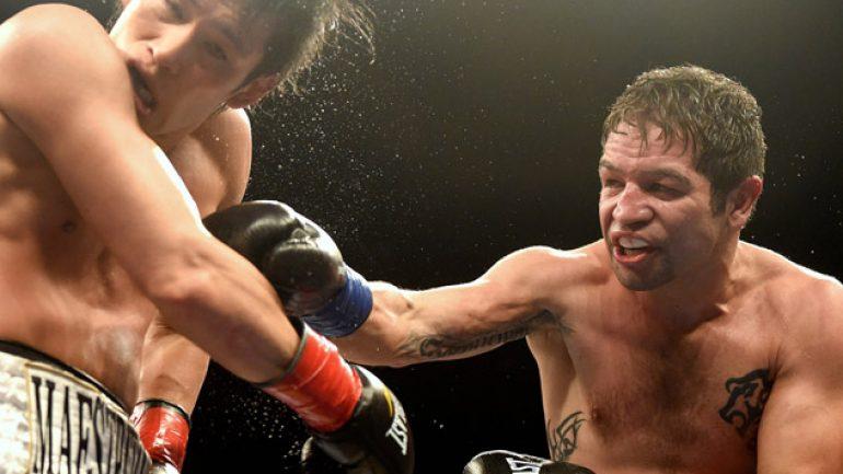 Photo gallery: Alfonso Gomez vs. Yoshihiro Kamegai