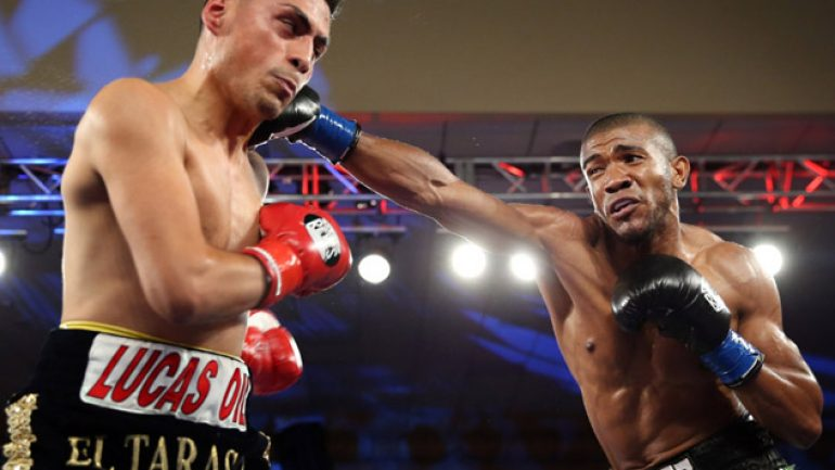 Angel Rodriguez's right hand dominates in Glendale
