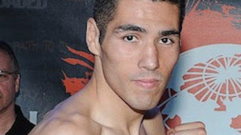 Juan Reyes topples Heriberto Delgado in five