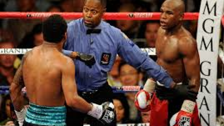 Referee Kenny Bayless gets Canelo-Khan assignment on May 7