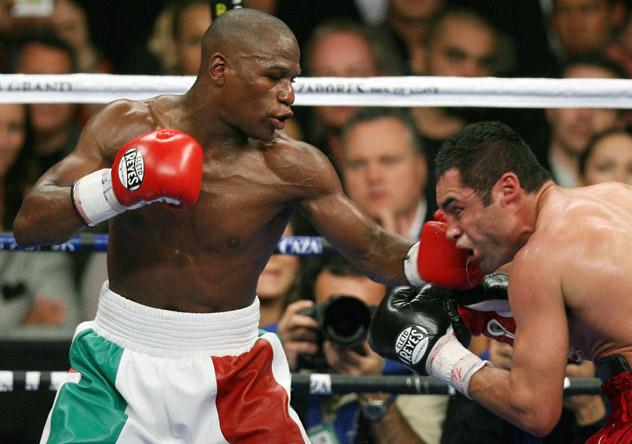 Oscar De La Hoya vs. Floyd Mayweather Jr.