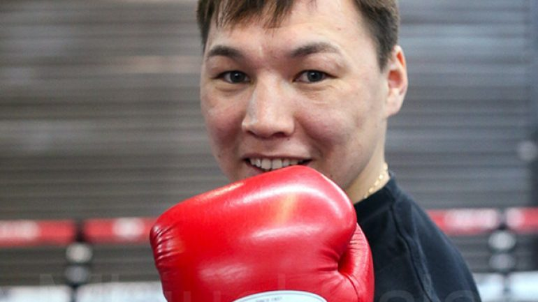 Ruslan Provodnikov awaits…