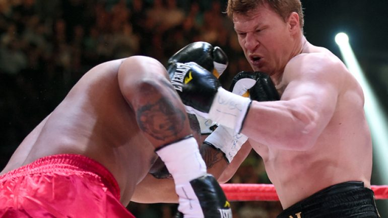 Alexander Povetkin KOs Mike Perez in first round