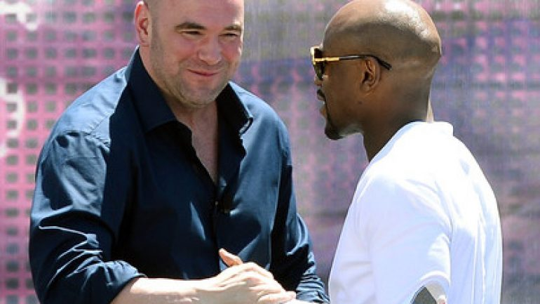 Dana White rooting for Pacquiao, picking Mayweather