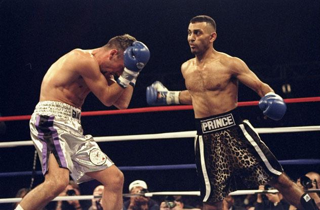 Hamed vs. McCullough (Al Bello/Getty Images)