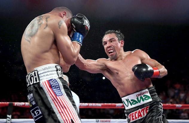 juan-Manuel-Marquez-vs-Mike-Alvarado-jeff-gross-getty