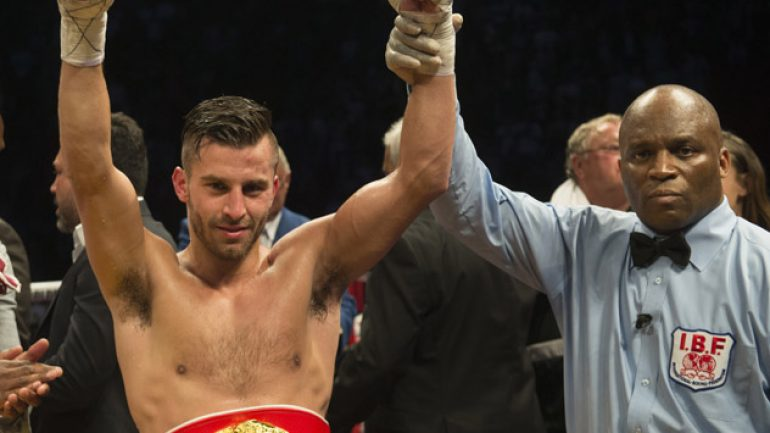 David Lemieux's bandwagon just got crowded: Weekend Review