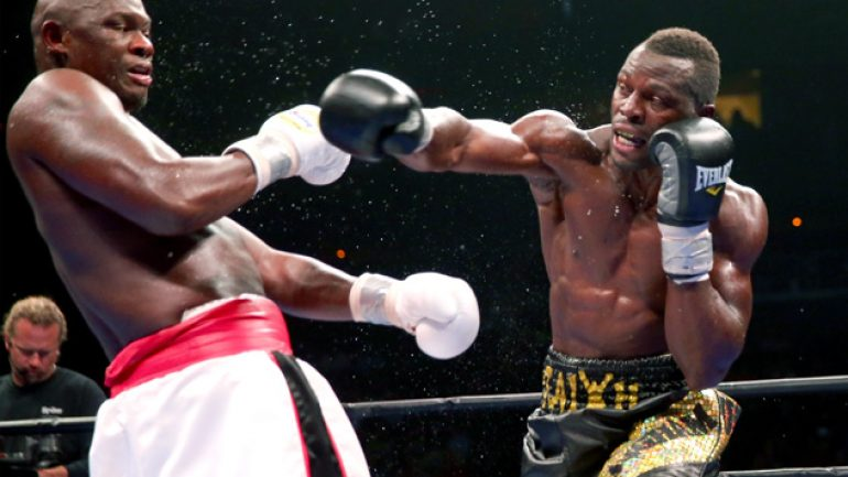 Antonio Tarver and Steve Cunningham fight to a split draw