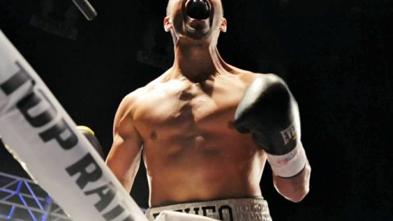 Christopher Diaz, Jason Sosa notch Solo Boxeo wins