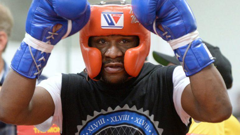 Photo gallery: Floyd Mayweather Jr. workout