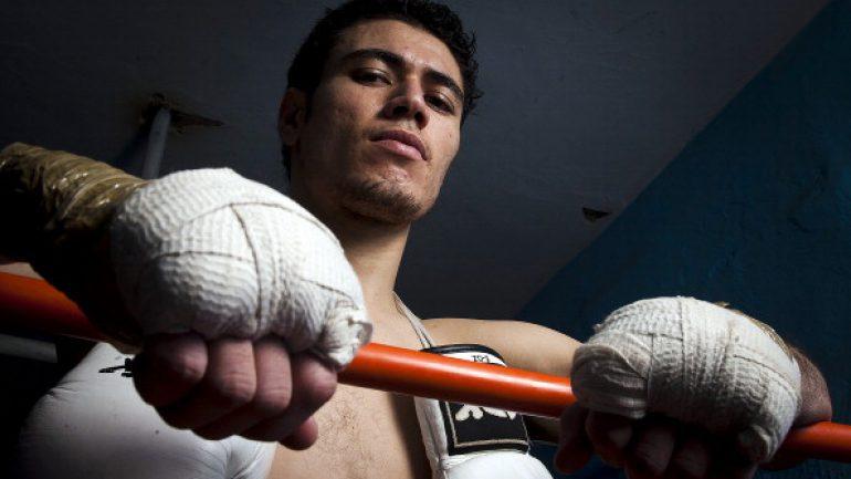 Hugo Ruiz-Julio Ceja added to Leo Santa Cruz-Abner Mares undercard